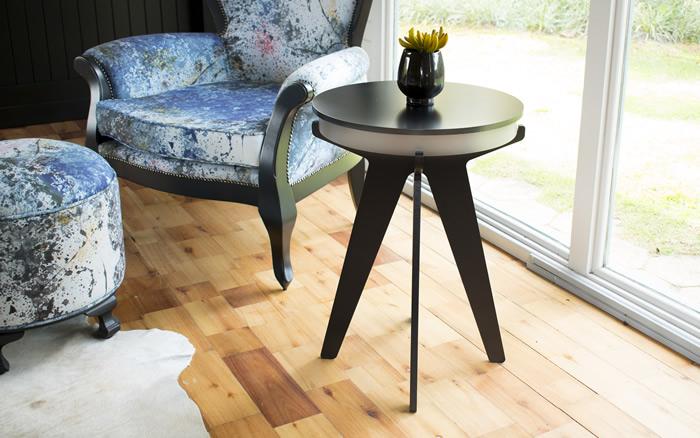 Mesas de apoio cheias de estilo para todos os ambientes