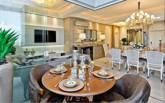 Mesa do Café, Sala de Jantar e Home integrados no mesmo espaço