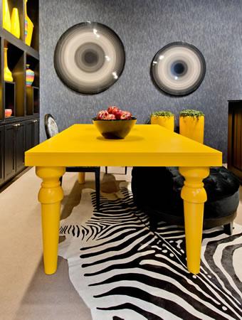 Mesa de Jantar Amarela