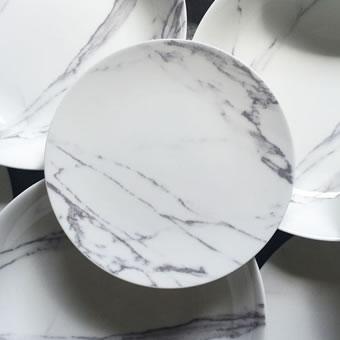 Pratos inspirados no Mármore Carrara