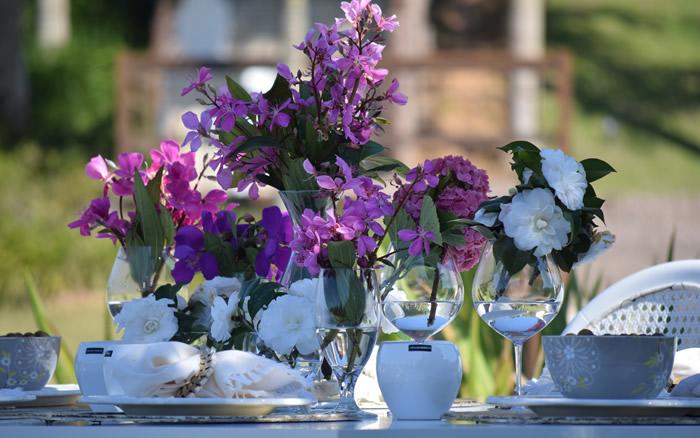 Flores Naturais para decorar mesas