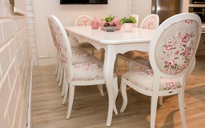 Mesa e Cadeiras Lu�s XV