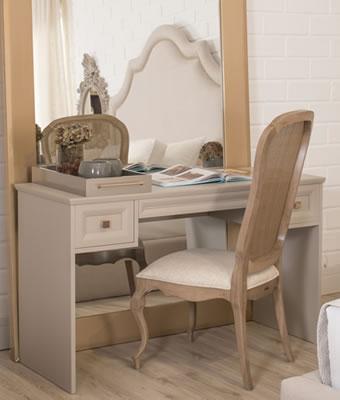 Cadeira para escrivaninha com palha