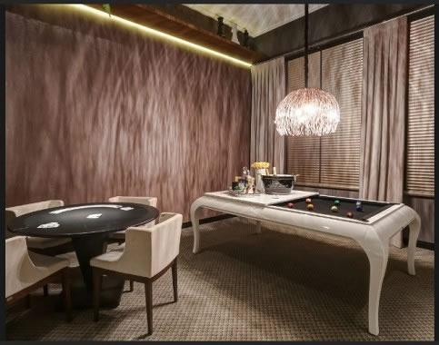 Mesa de Sinuca de Luxo