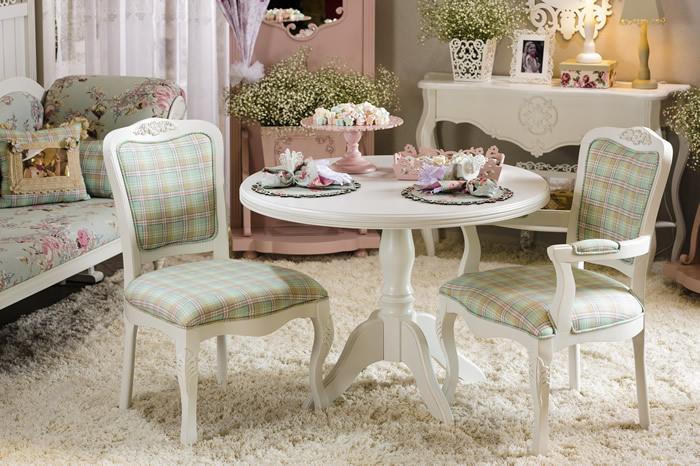 Cadeira Tecido Tons Pastela
